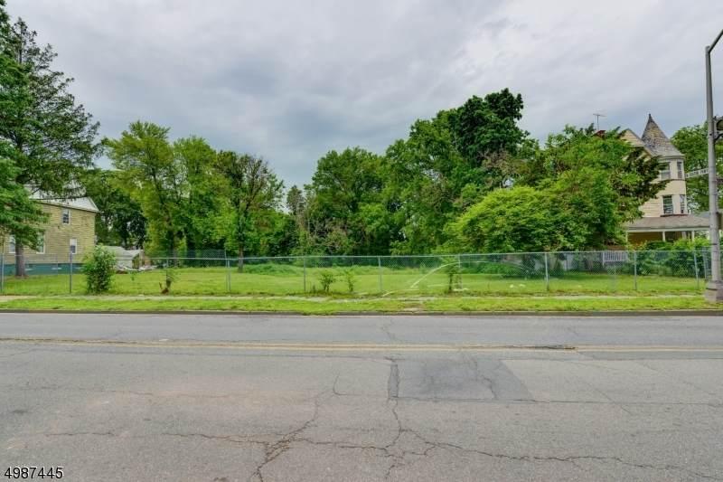 276 Springdale Ave - Photo 1