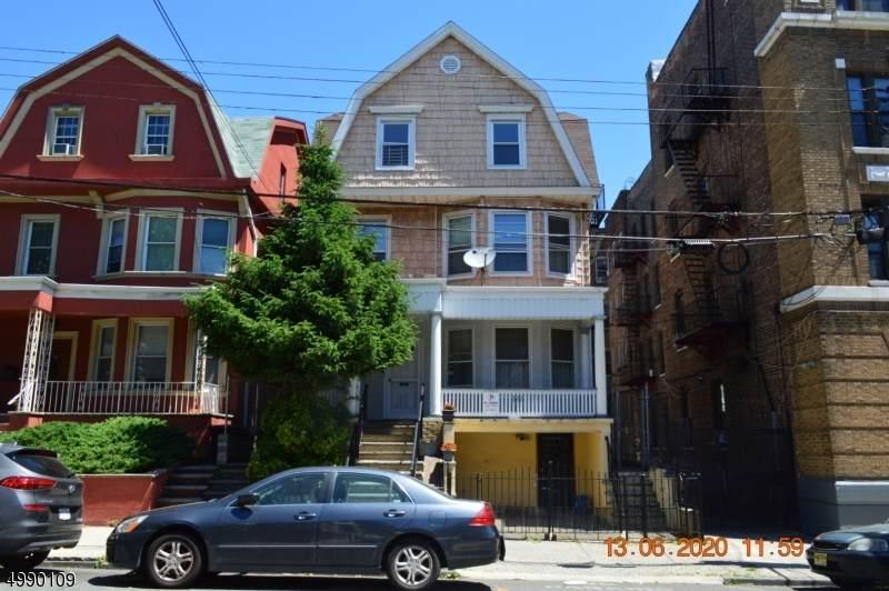 122 Jewett Ave - Photo 1