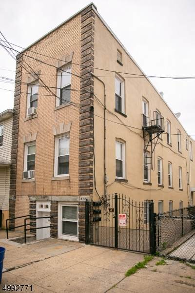 396 Chestnut St, Newark City, NJ 07105 (MLS #3642734) :: The Dekanski Home Selling Team