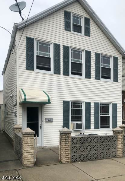 65 E 4Th St, Bayonne City, NJ 07002 (MLS #3643641) :: The Sikora Group
