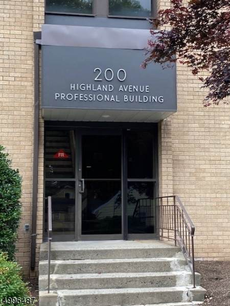 200 Highland Ave Suite 250 - Photo 1