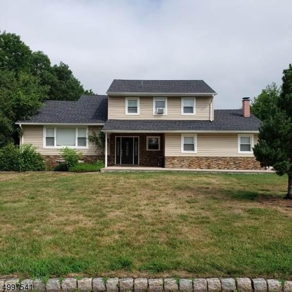 7 Angeline Ct, Fairfield Twp., NJ 07004 (#3647068) :: NJJoe Group at Keller Williams Park Views Realty