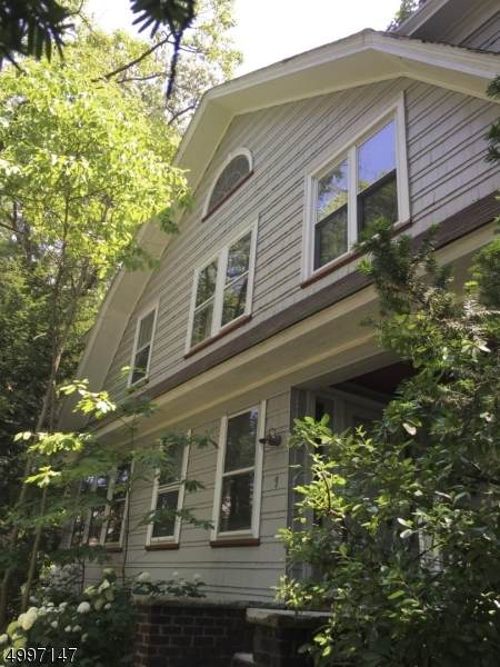 1 Wilson Ave, Rutherford Boro, NJ 07070 (#3647355) :: NJJoe Group at Keller Williams Park Views Realty