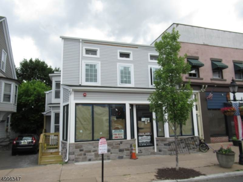 121 Main St - Photo 1