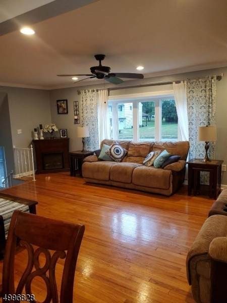 8 Brook Pl, West Orange Twp., NJ 07052 (MLS #3648021) :: Weichert Realtors
