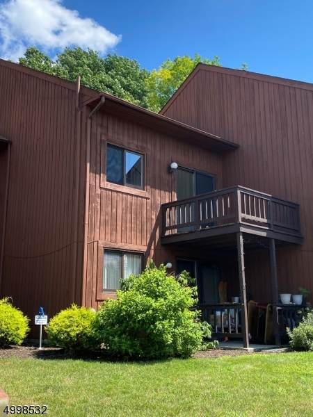 2 Brandywine Dr Unit 4 #4, Vernon Twp., NJ 07462 (MLS #3648120) :: The Debbie Woerner Team