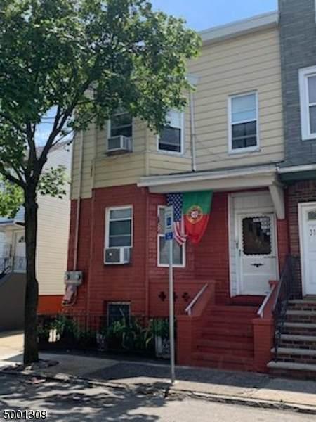 33 Warwick St, Newark City, NJ 07105 (MLS #3650793) :: Mary K. Sheeran Team