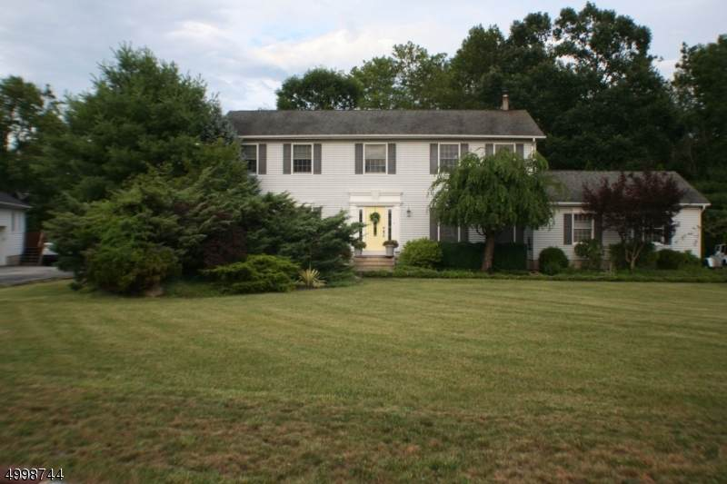 20 Willow Grove Ct - Photo 1