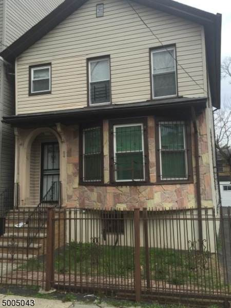 84 Brookdale Ave #1, Newark City, NJ 07106 (MLS #3654067) :: Caitlyn Mulligan with RE/MAX Revolution