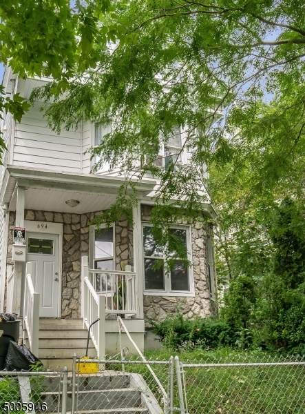 694 E 28Th St, Paterson City, NJ 07504 (MLS #3654810) :: Coldwell Banker Residential Brokerage