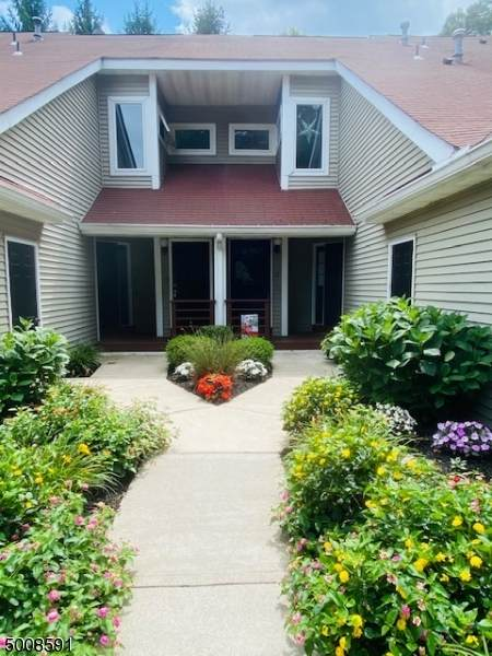 17 Schofield Ct #17, Jefferson Twp., NJ 07438 (#3656976) :: NJJoe Group at Keller Williams Park Views Realty