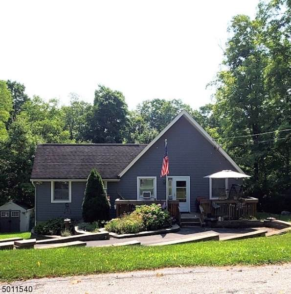 38 Orchard Dr, Vernon Twp., NJ 07462 (MLS #3659574) :: The Karen W. Peters Group at Coldwell Banker Realty