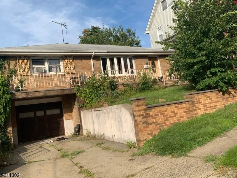 55 Stewart Ave - Photo 1