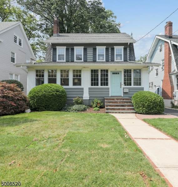 21 Oberlin St, Maplewood Twp., NJ 07040 (MLS #3659843) :: The Karen W. Peters Group at Coldwell Banker Realty