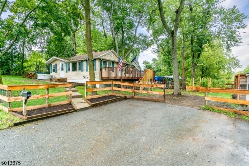 158 Conklintown Rd - Photo 1