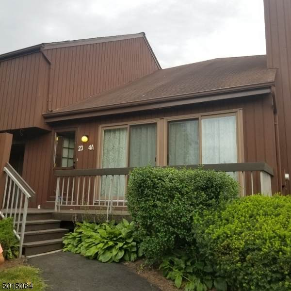 23 Bloomingdale Dr 4A - Photo 1