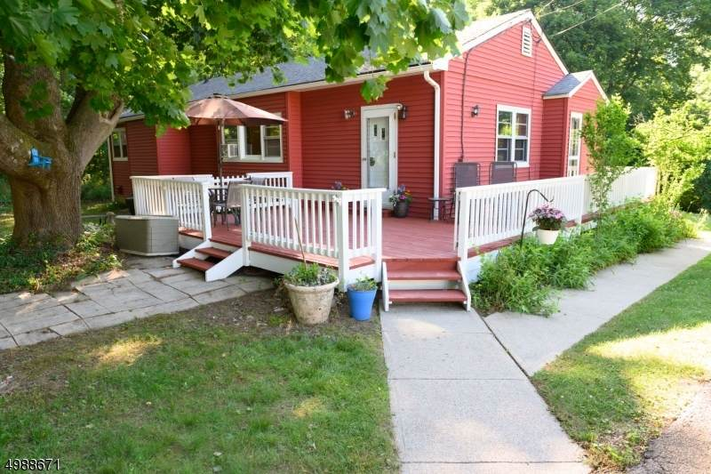 7 Orchard Dr - Photo 1