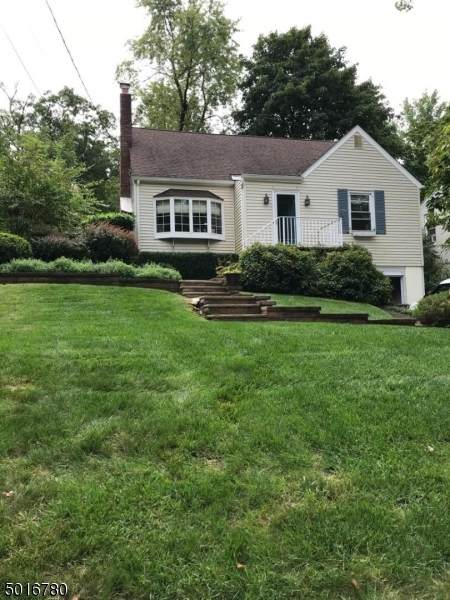 21 Mountainview Rd, Chatham Twp., NJ 07928 (MLS #3664622) :: The Debbie Woerner Team