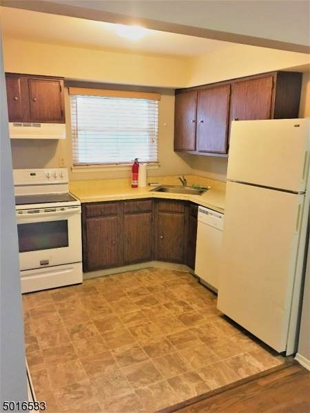 521 Andria Ave Apt 201, Hillsborough Twp., NJ 08844 (MLS #3664698) :: Team Francesco/Christie's International Real Estate