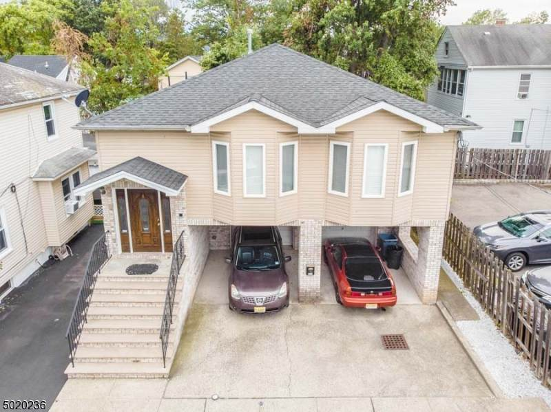 8 Brunswick Ave - Photo 1