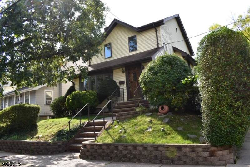 31 Central Ave - Photo 1