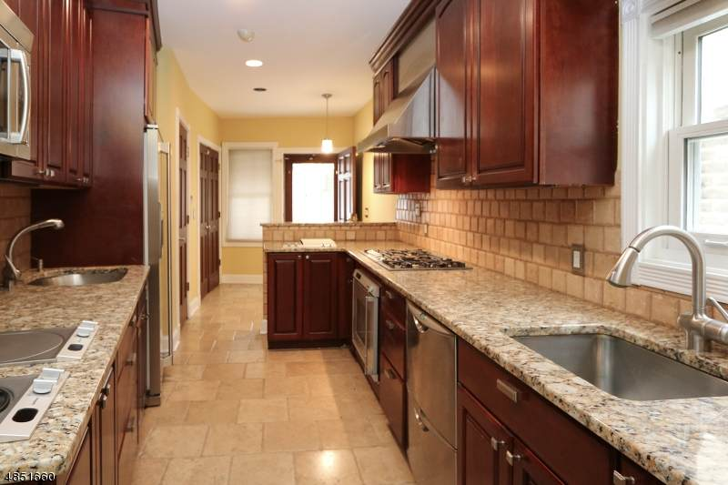 446 Bloomfield Ave - Photo 1