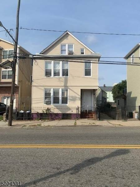 303 S Pearl St - Photo 1