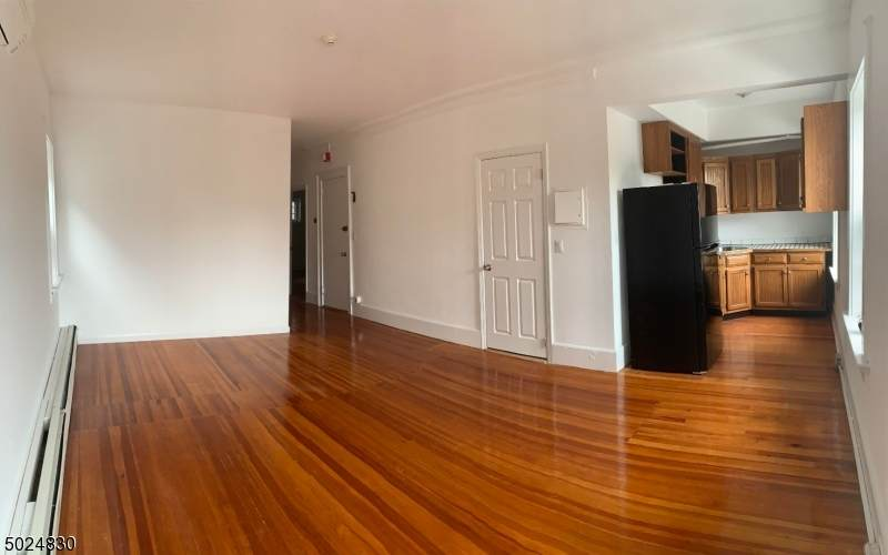 555 Bloomfield Ave - Photo 1