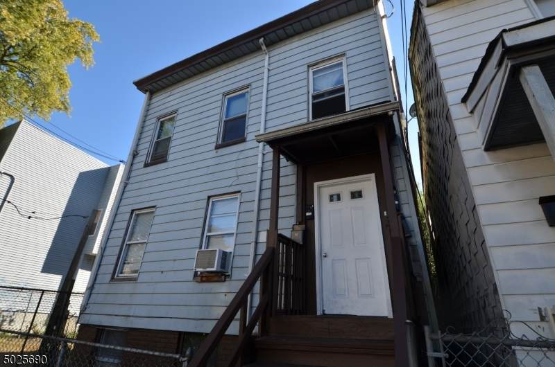 150 16TH AVE - Photo 1
