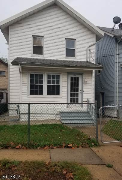 204 Pennsylvania Ave, Hillside Twp., NJ 07205 (MLS #3672700) :: Mary K. Sheeran Team