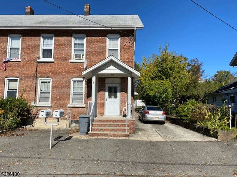 155 Ford St - Photo 1