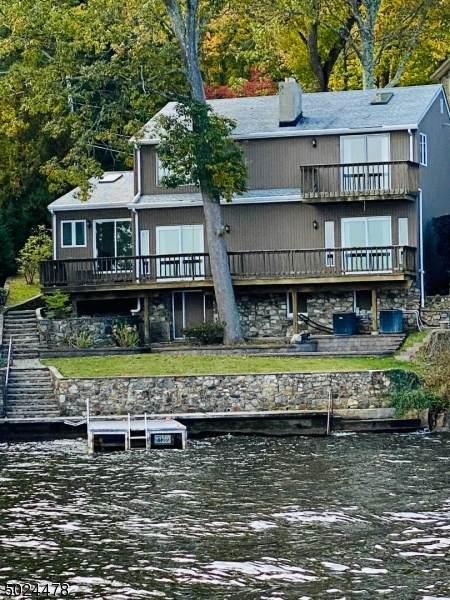 201 Maxim Dr, Hopatcong Boro, NJ 07843 (#3674287) :: Bergen County Properties