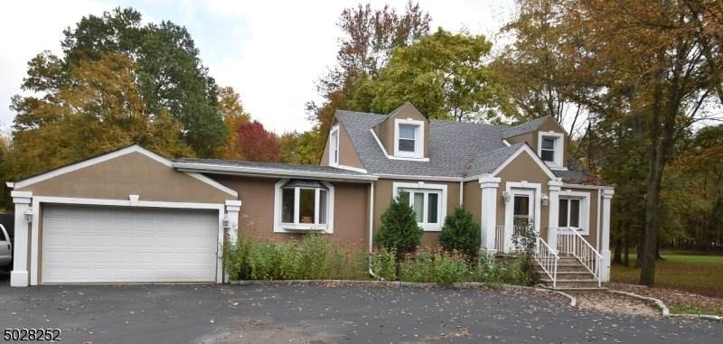 136 Valley Rd - Photo 1