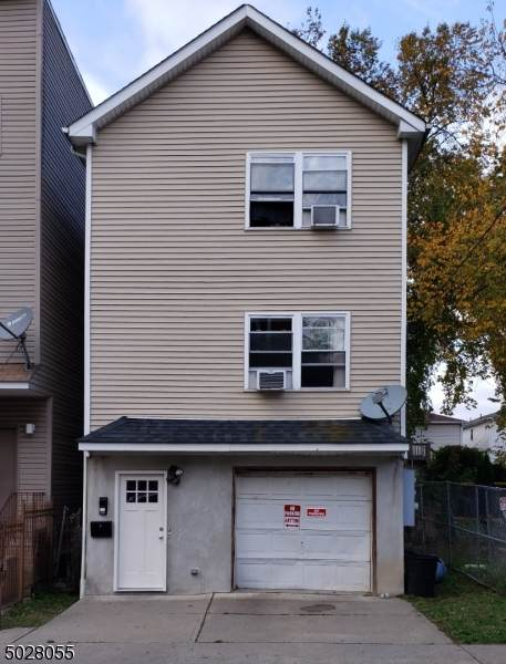 25 Godwin Ave, Paterson City, NJ 07501 (MLS #3674897) :: RE/MAX Select