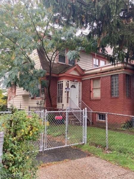490 Stuyvesant Ave, Irvington Twp., NJ 07111 (MLS #3675320) :: Team Cash @ KW