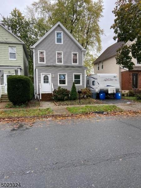 807 Jaques Ave, Rahway City, NJ 07065 (MLS #3675492) :: Weichert Realtors