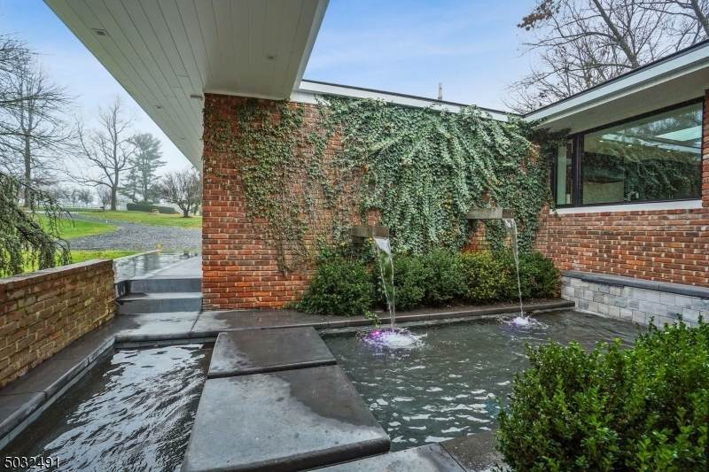 80 Chapin Road - Photo 1