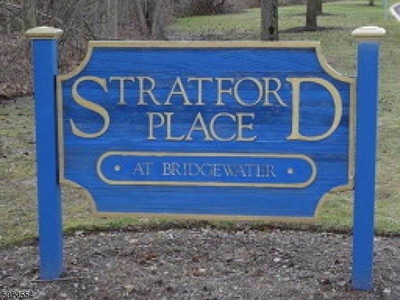 605 Stratford Pl - Photo 1