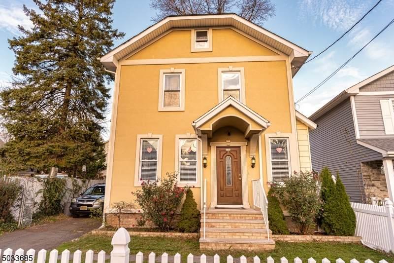 1107 Thompson Ave - Photo 1