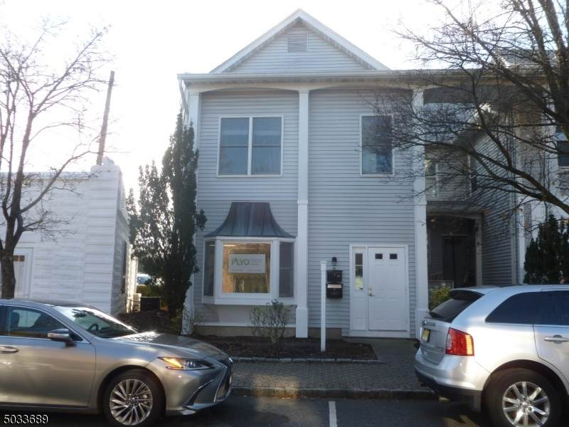 115 W Allendale Ave - Photo 1