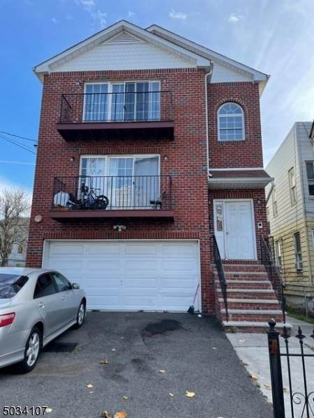 18 Huntington Ter, Newark City, NJ 07112 (MLS #3680125) :: SR Real Estate Group