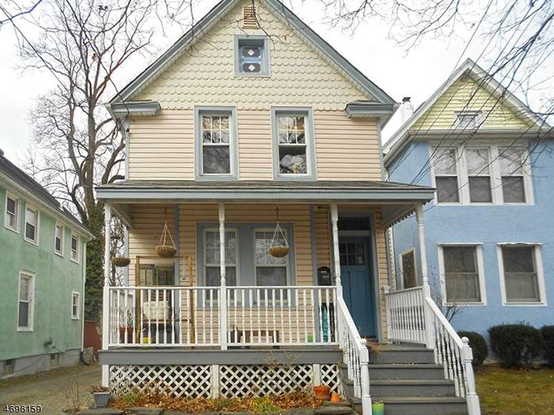 208 Forest St - Photo 1