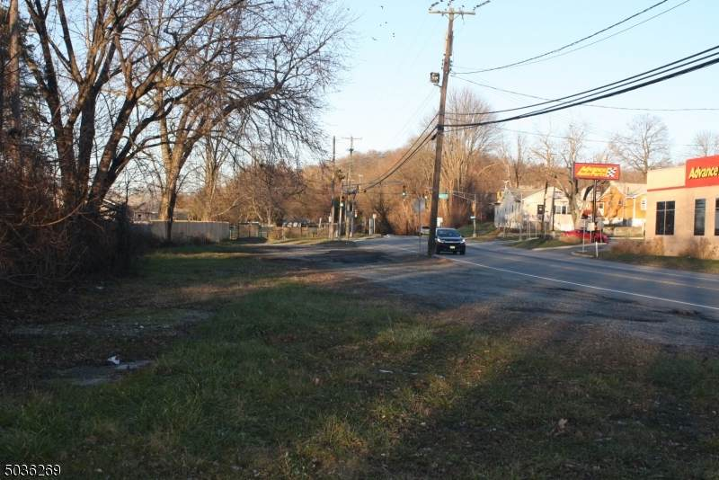 429 Route 23 - Photo 1