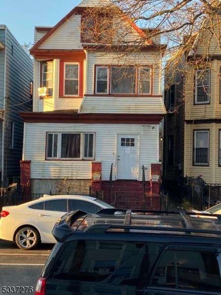 227 Wegman Pkwy, Jersey City, NJ 07305 (MLS #3683223) :: REMAX Platinum