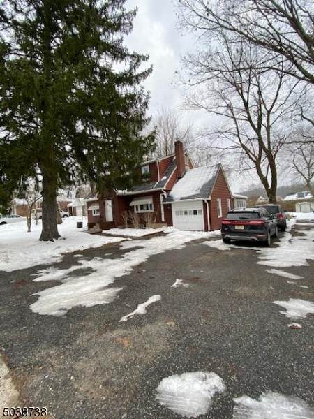 1016 Valley Rd - Photo 1