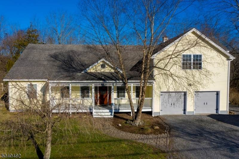 83 Fairview Ave - Photo 1