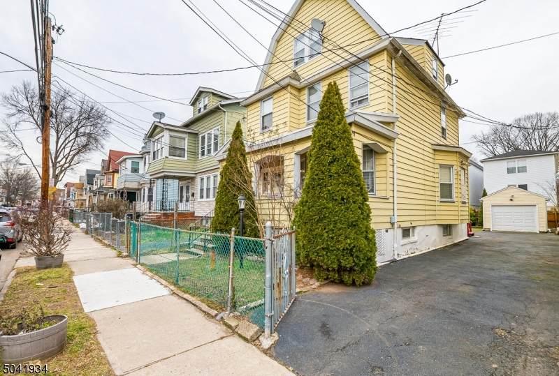 78 Columbia Ave - Photo 1