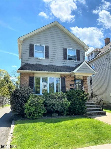 723 North Ave W, Westfield Town, NJ 07090 (MLS #3686823) :: SR Real Estate Group
