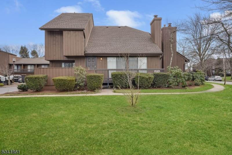 81 Kingsberry Dr - Photo 1