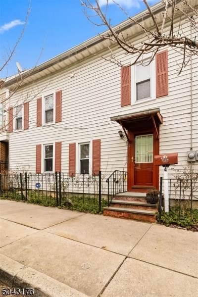4 E Main St, Clinton Town, NJ 08809 (MLS #3687881) :: Team Francesco/Christie's International Real Estate
